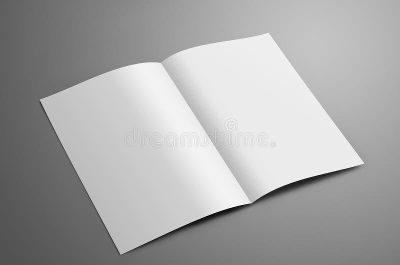 Universalmellanrum ett A4, bi-veck A5 broschyr med skuggaiso royaltyfri fotografi
