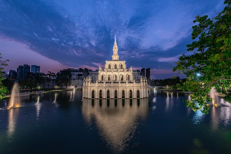 Universidad Abierta Sukhothai Thammathirat Nonthaburi, Tailandia imagen de archivo libre de regalías