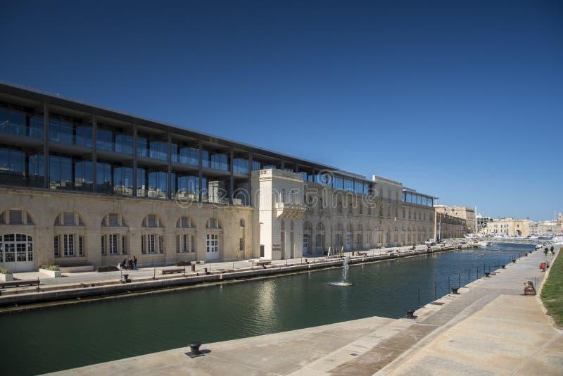 Universidad americana de los edificios La Valeta Malta de Malta fotos de archivo