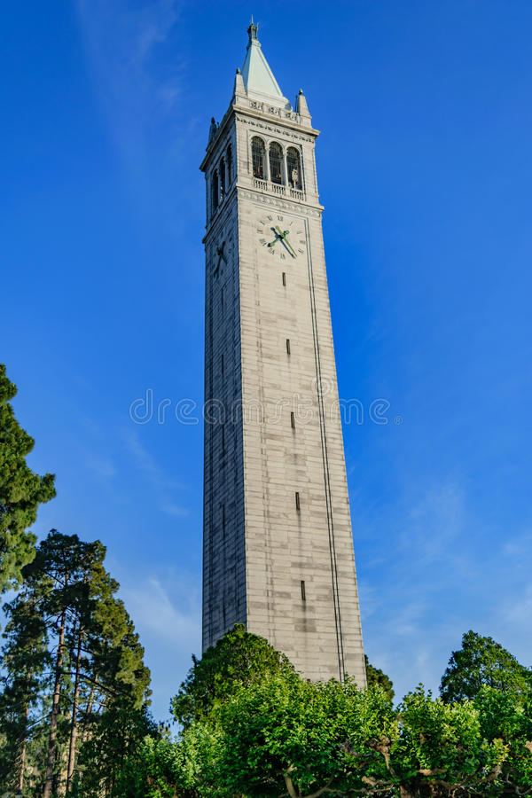 Universidad de California Berkeley Sather Tower imagenes de archivo