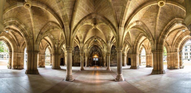 Universidad de Glasgow Cloisters, Escocia imágenes de archivo libres de regalías