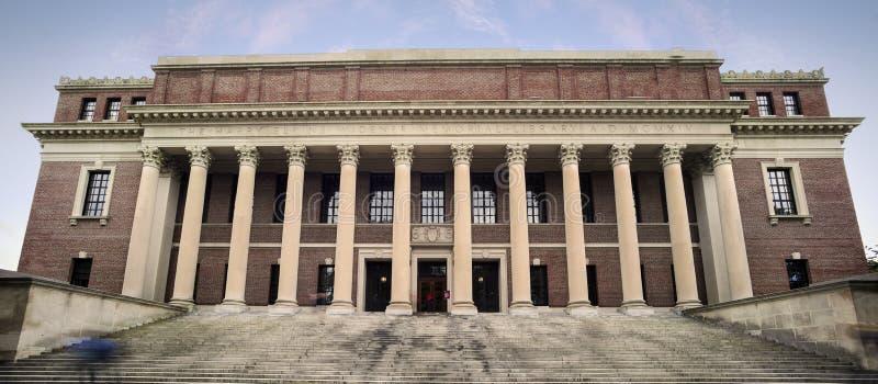 Universidad de Harvard - entrada a la biblioteca de Widener imagen de archivo