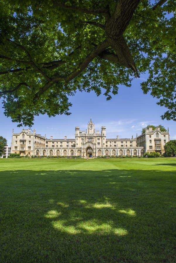 Universidad de San Juan en Cambridge fotos de archivo