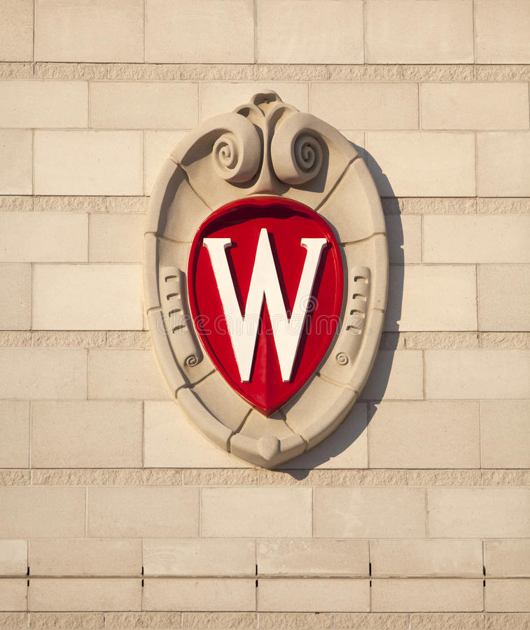 Universidad de Wisconsin Madison School Crest imagenes de archivo