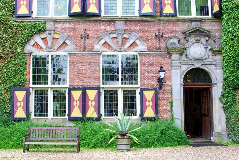Universidad del negocio de Nyenrode del castillo de la fachada, Países Bajos imagenes de archivo