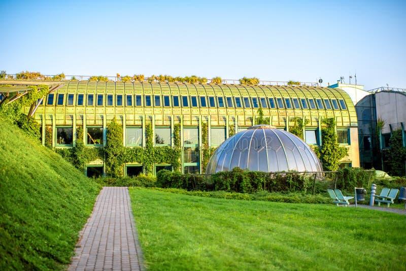 Universidade da biblioteca de Varsóvia no Polônia fotografia de stock royalty free