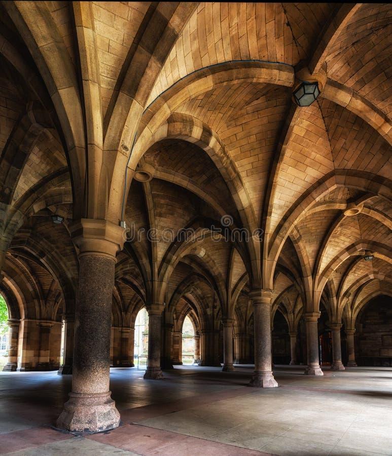 A universidade de Glasgow Cloisters fotos de stock