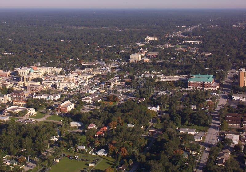 Universidade de Stetson e DeLand, opinião aérea da baixa do FL fotos de stock royalty free