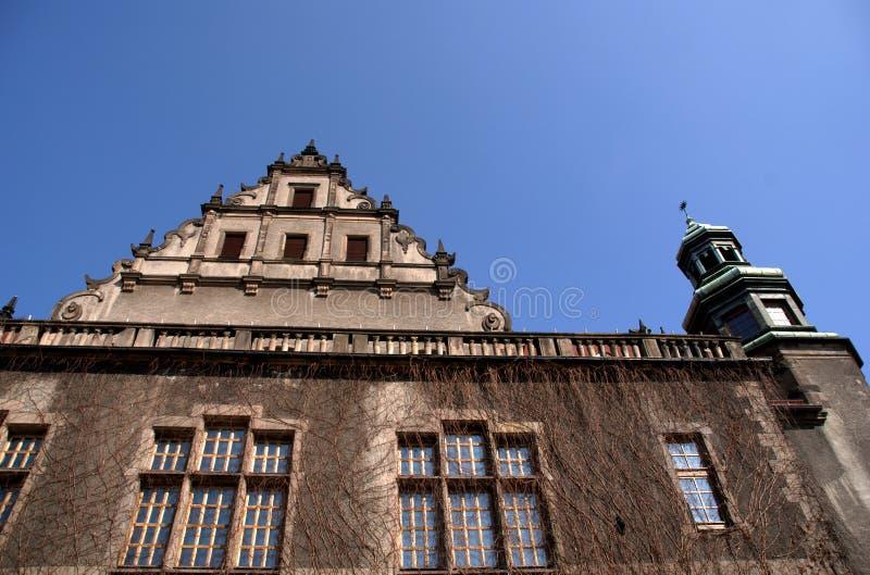 Università del corridoio di assemblea della facciata a Poznan fotografie stock