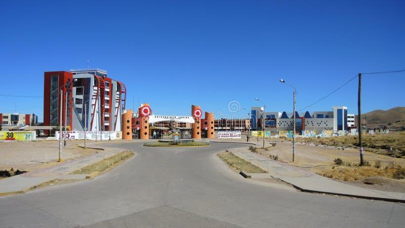 Download Université Andine, Puno, Pérou Photographie éditorial - Image du éloigné, latin: 77163077
