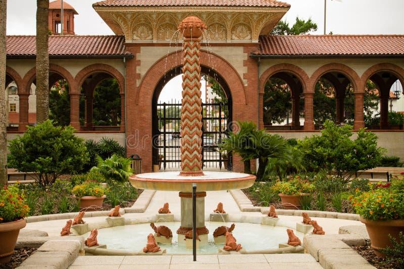 Université de Flagler de fontaine d'épée photo libre de droits