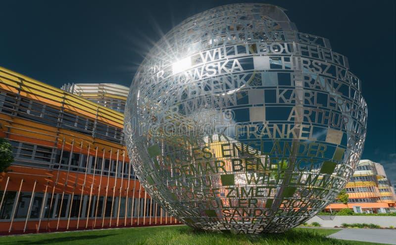 Université de sculpture des sciences économiques à Vienne photos libres de droits