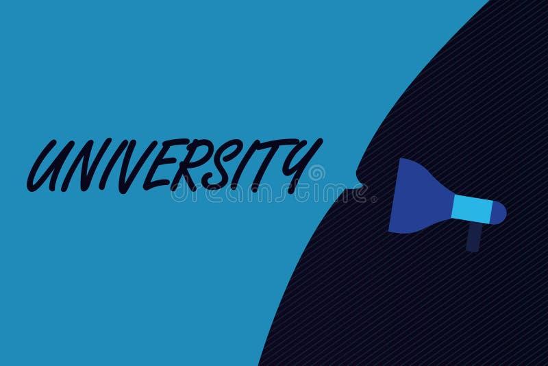 Université des textes d'écriture de Word Le concept d'affaires pour les étudiants de haut niveau d'établissement d'enseignement é illustration libre de droits