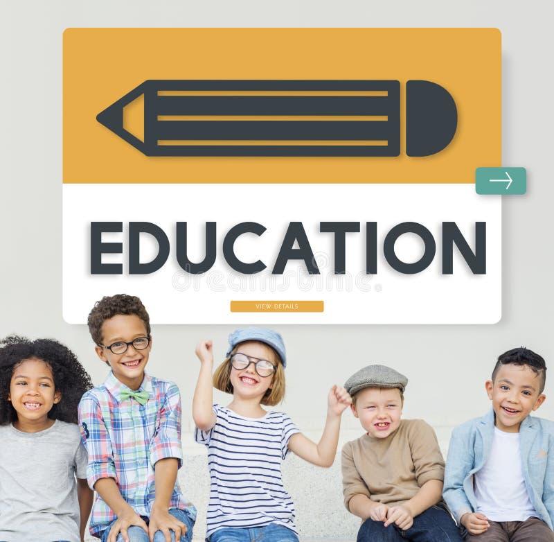 Universitaires d'étude d'éducation de crayon apprenant le concept graphique image libre de droits