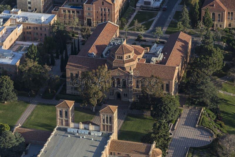 Universiteit van Californië Los Angeles Powell Library Aerial stock foto's