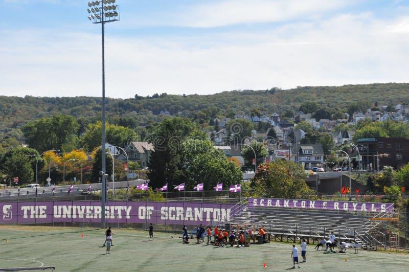 Universitet av det Scranton fotbollfältet, Pennsylvania arkivfoton