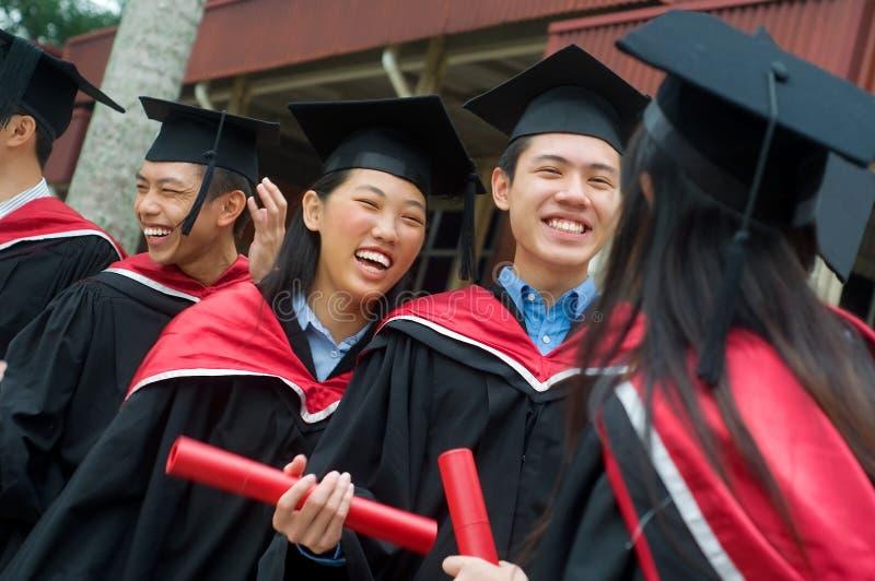 Universitetkandidater royaltyfri foto