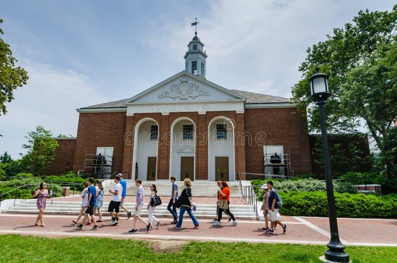 Universitetsområdet turnerar - det Johns Hopkins universitetet - Baltimore, medicine doktor arkivbild