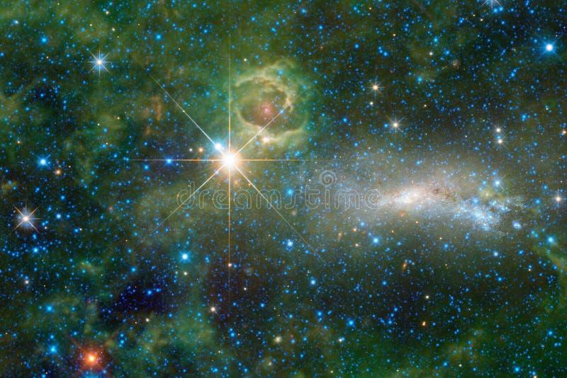Universum fyllde stjärnor, nebulosan och galaxen Kosmisk konst, sciencetapet royaltyfri fotografi