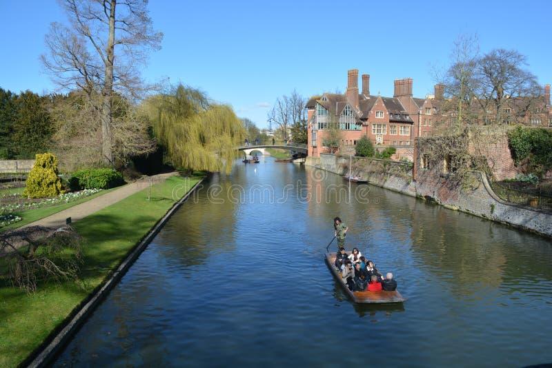 Uniwersyteccy plecy Cambridge zdjęcia stock