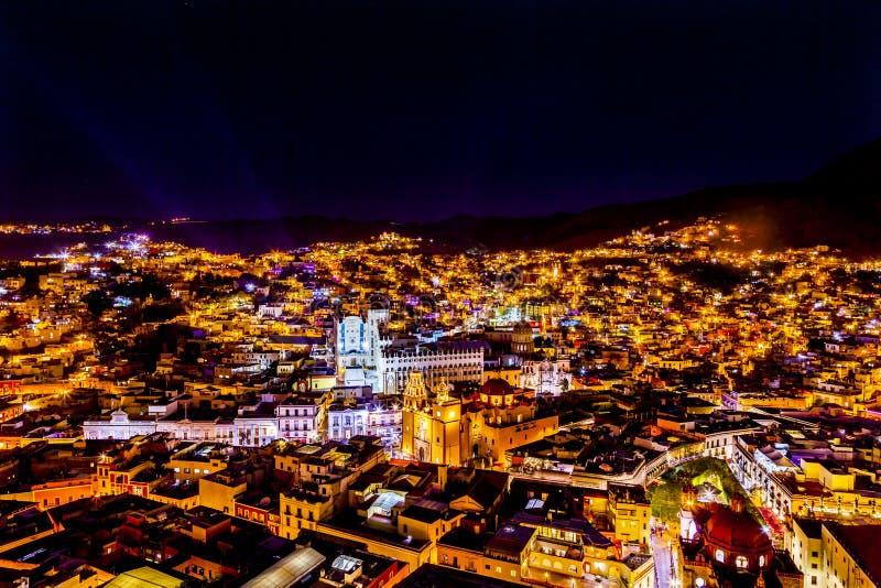 Uniwersytecki Świątynny Companiia Nasz damy noc Guanajuato Meksyk obrazy royalty free