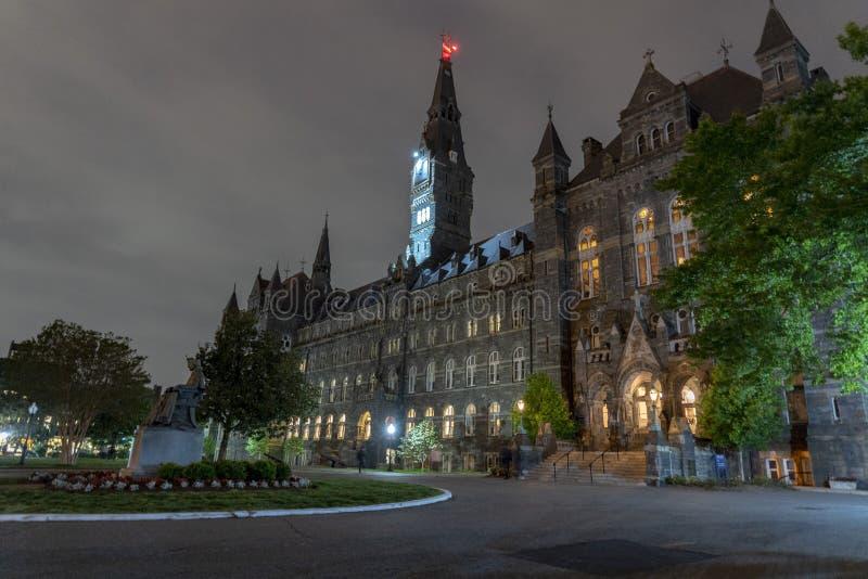 Uniwersytet Georgetown budynek przy nocą w Washington dc zdjęcie stock