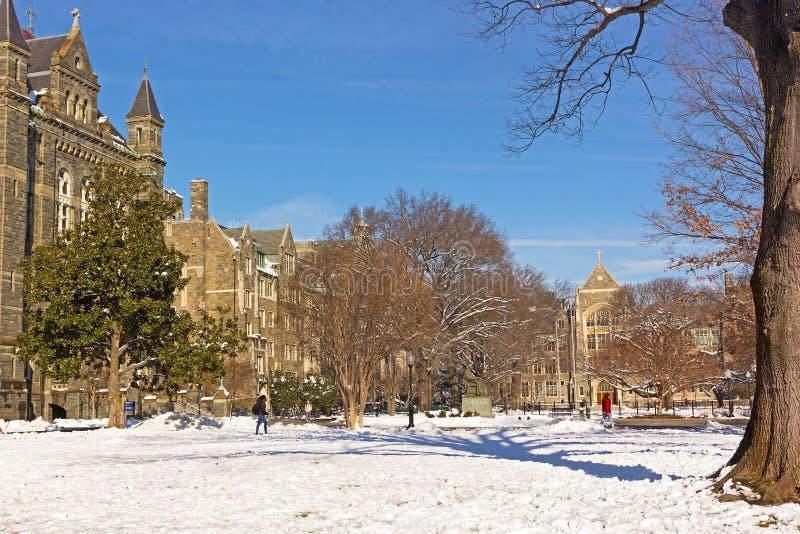 Uniwersytet Georgetown kampus po śnieżycy obraz stock