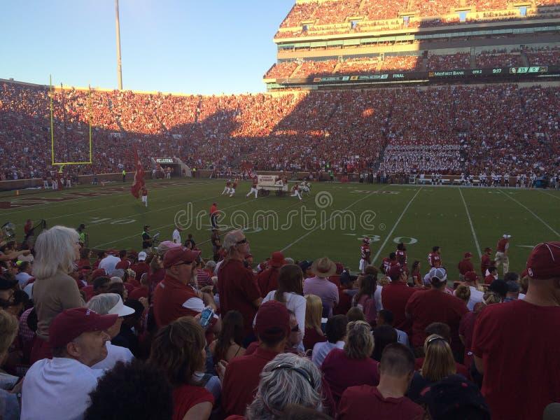 Uniwersytet Oklahoma skuneru Cheerleaders zdjęcie stock