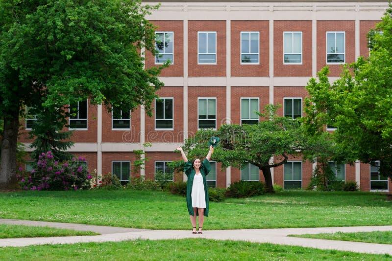 Uniwersytet Oregon absolwent na kampusie w Eugene obrazy royalty free