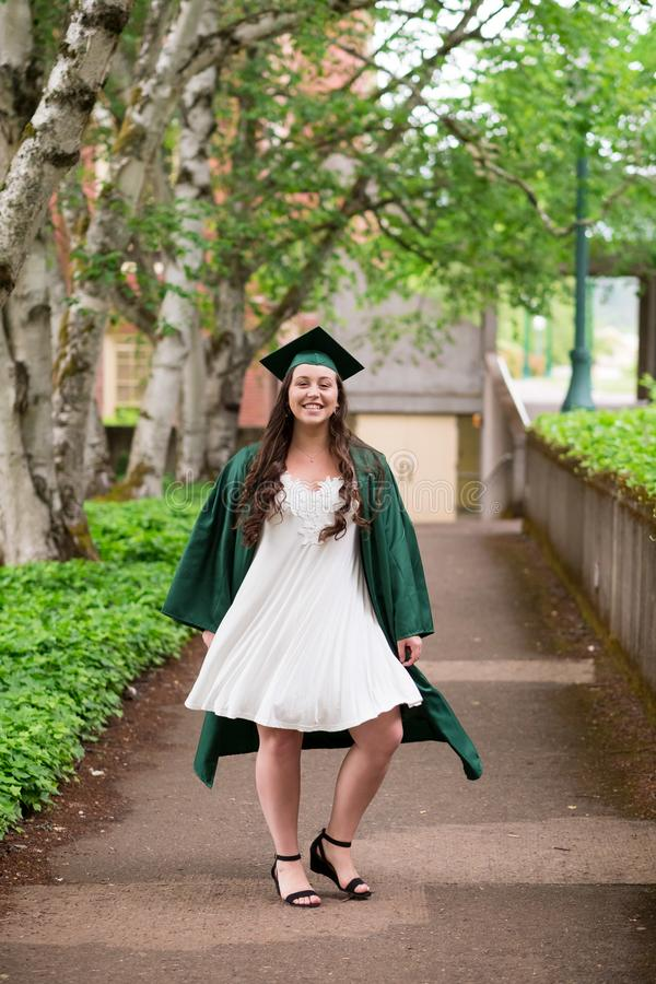 Uniwersytet Oregon absolwent na kampusie w Eugene zdjęcie royalty free