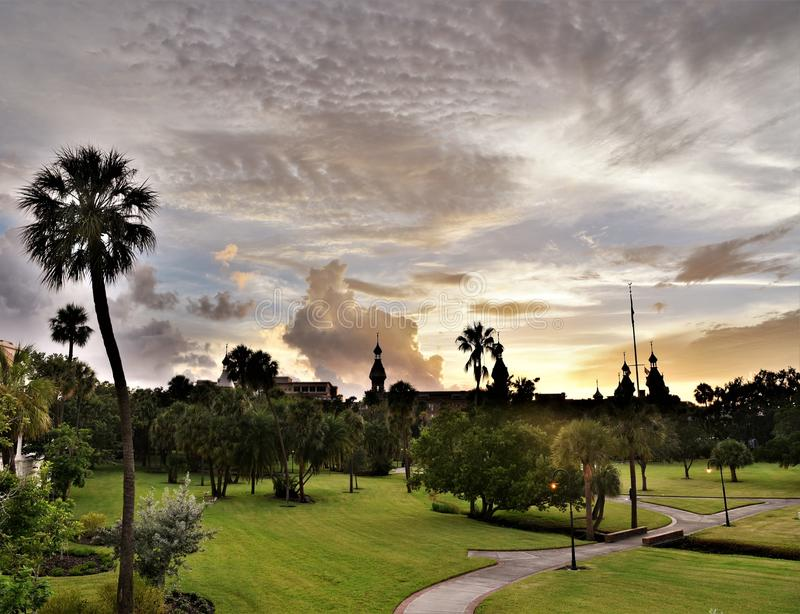 Uniwersytet Tampa jest ikonowym symbolem Tampa z swój minaretami obrazy royalty free