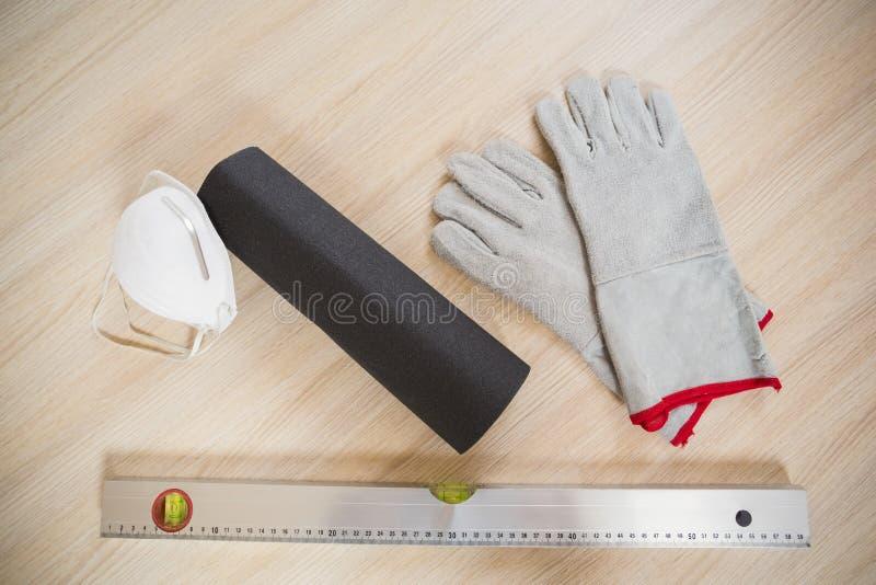 Unkosten von Werkzeugen des Baugewerbes stockfotos