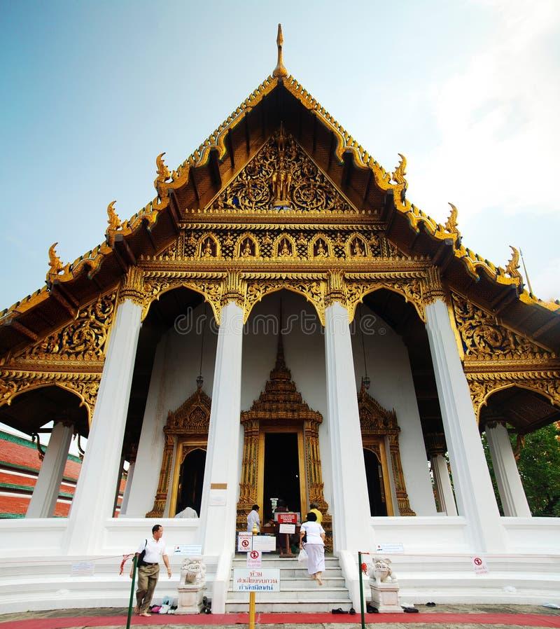 Uno de templos en Wat Phra Kaew imagen de archivo libre de regalías