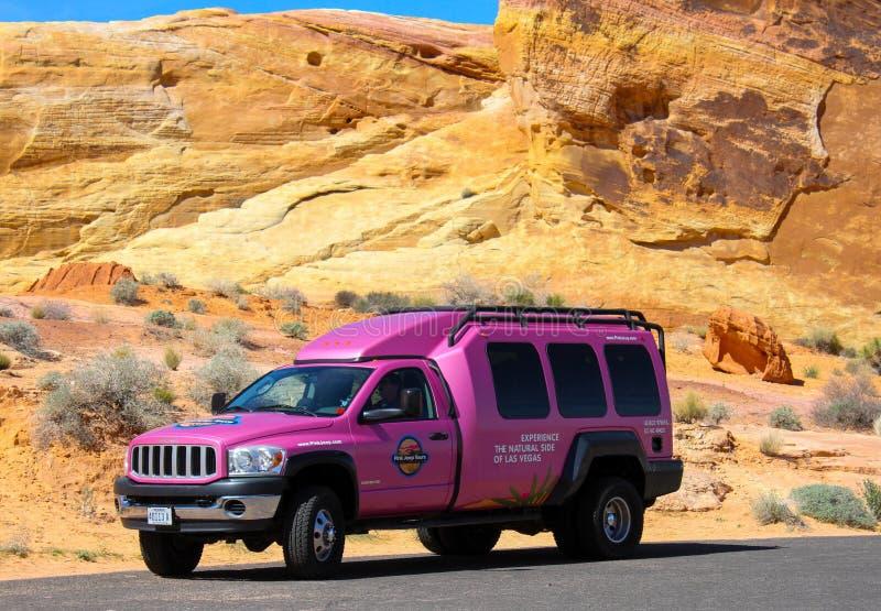 Camión rosado famoso de Jeep imágenes de archivo libres de regalías