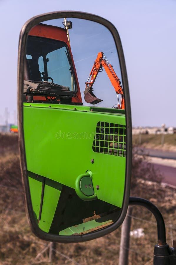 Uno specchio di un camion fotografie stock