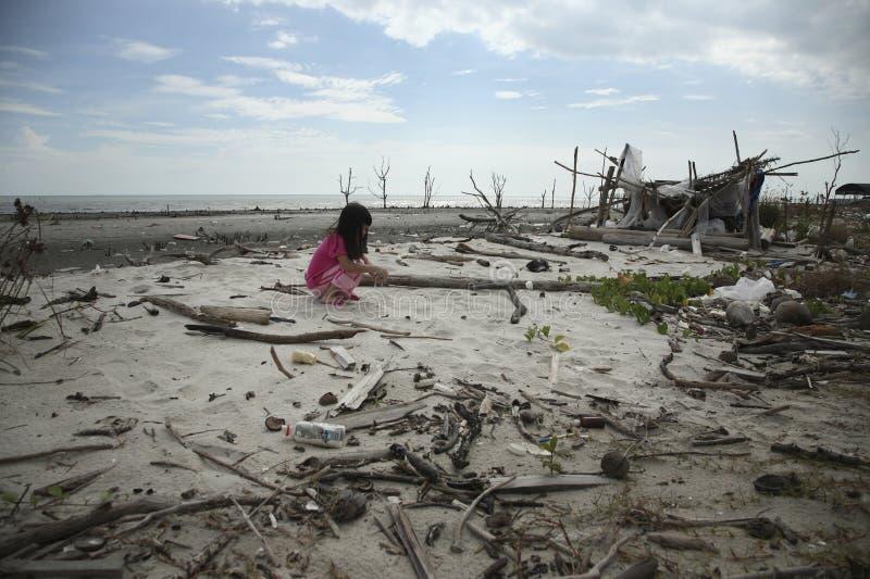 Unordentlicher Strand lizenzfreies stockbild