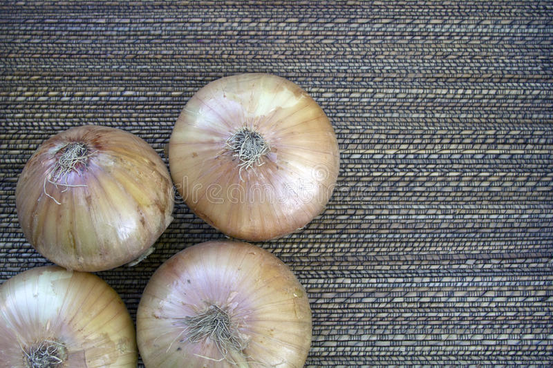 Download Unpeeled Onions With Background Royalty Free Stock Photos - Image: 14649288