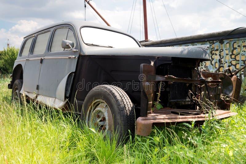 Unrestored klassieke auto royalty-vrije stock afbeeldingen