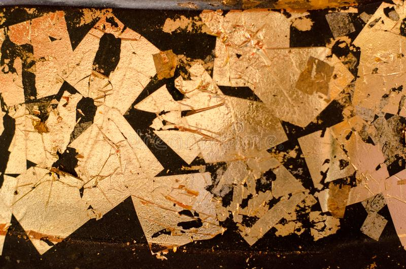 Unschärfe-Beschaffenheit des Goldblattes, Goldhintergrund, Bild von Buddha-Bild zurück, Goldblatthintergrund lizenzfreies stockbild