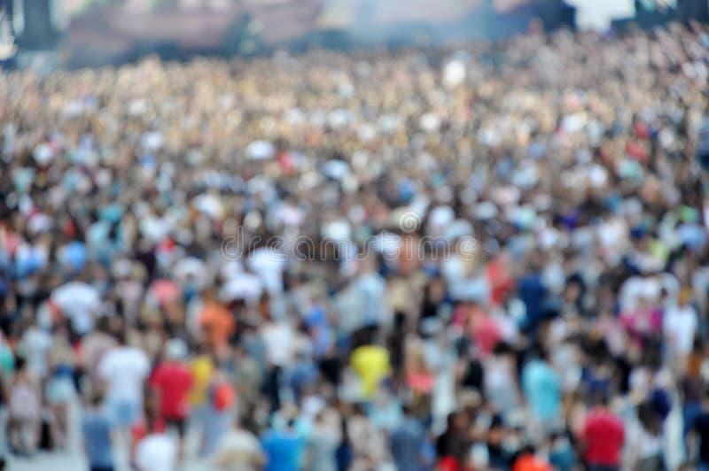 Unscharfe Menge an einem Konzert lizenzfreies stockfoto