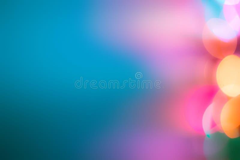 Unscharfer blauer Hintergrund Unscharfe bunte Lichter lizenzfreies stockbild