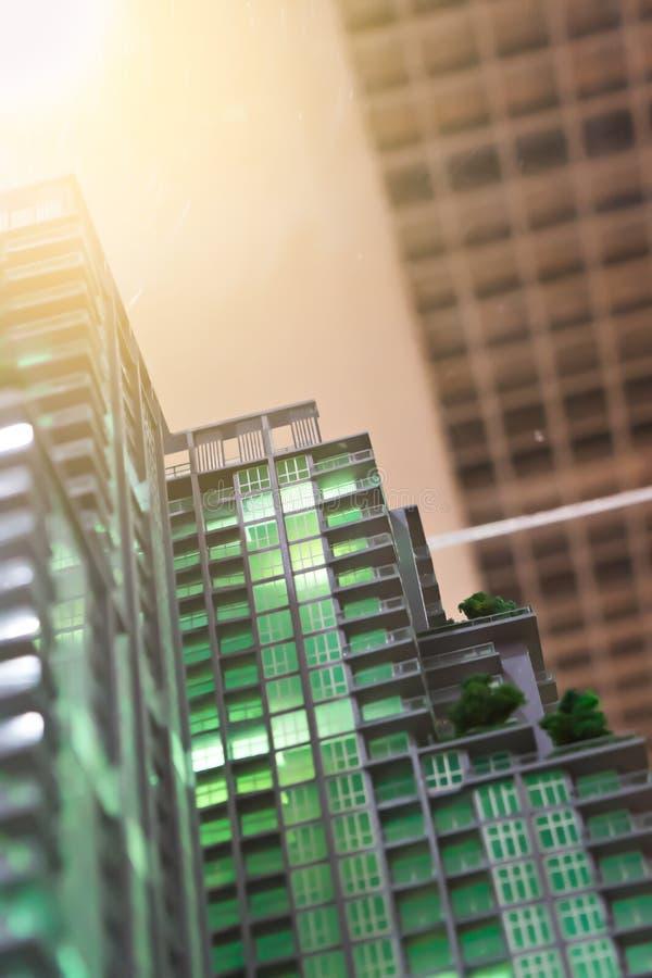 Unscharfes vorbildliches Kondominium Architektur von einem modernen Gebäude lizenzfreies stockfoto