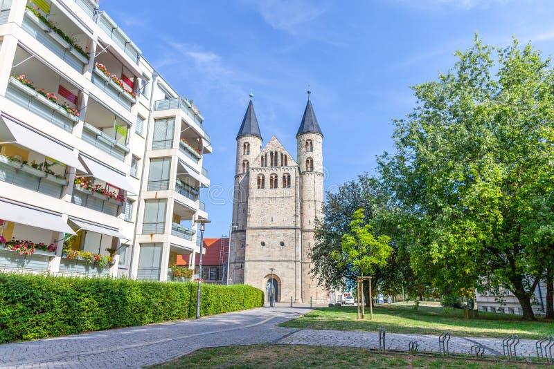Unser lieben Frauen klasztor opierającego się w Magdeburskim fotografia stock