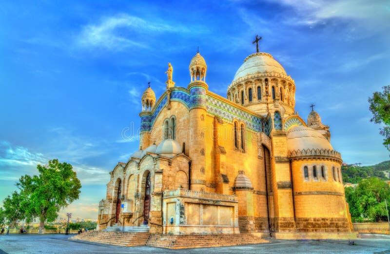 Unsere Dame von Afrika-Basilika in Algier, Algerien lizenzfreies stockbild