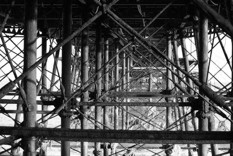 Unter Brücke lizenzfreie stockfotos