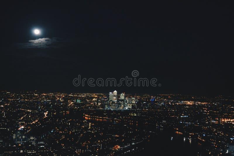 Unter dem Mond stockfoto