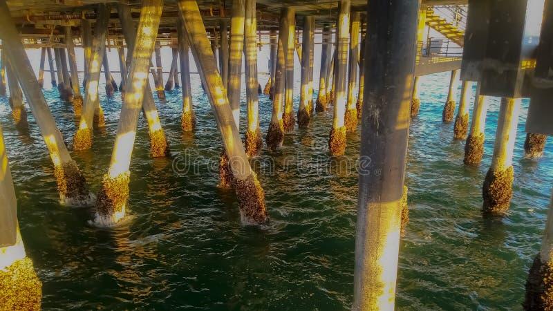 Unter dem Pier 3 stockfoto