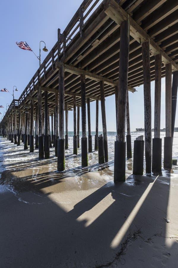 Unter Ventura Pier in Süd-Kalifornien stockbild