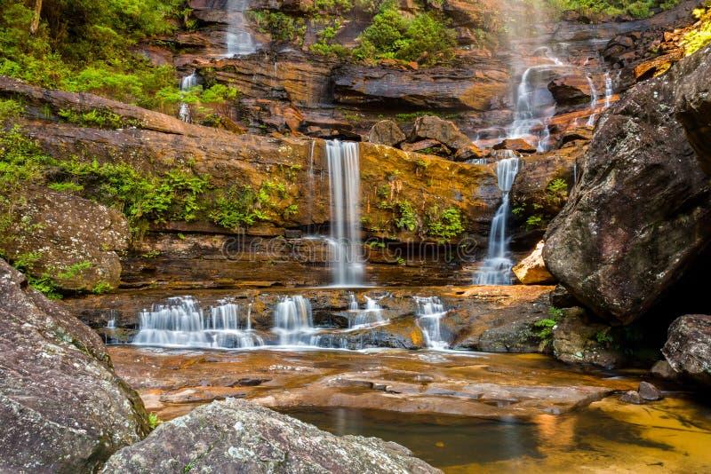 Untere Kaskaden von Wentworth Falls, blauer Gebirgsnationalpark, stockbilder