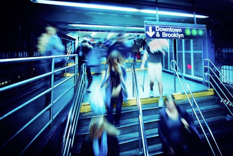 Untergrundbahn-hastige Geschäftigkeit lizenzfreie stockbilder